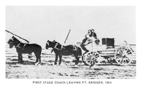 POSTCARDS-STAGECOACHES-WYOMING